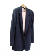 Our ladies washable fuji silk blazer is comfortable and perfect for all occasions. This blazer is softly shaped and drapes very nicely. It can easily match sweaters and bottoms. Machine wash or dry clean for best results.