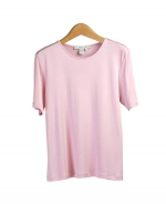 This women's 100% silk jewel neck short sleeve knit jersey is a classic with its satin piping.  The silk knit top's light weight and silky smooth touch provides comfort and a luxurious look.  Our silk jersey tee is a must-have for professional women.