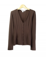 Compositions' V-neck cardigan is a summer-perfect top made in 100% silk with a variegated fine rib design. This fine lightweight cardigan is simple, elegant, and is ideal for dressing up as well as dressing down. Hand-wash or dry clean for best results. 