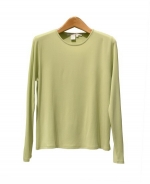 This 100% filament silk crew neck long sleeve knit jersey tee is light-weight and very comfortable. Its matte crepe texture provides this tee with a soft touch and luxurious look. The silk jersey tee is an all-year top and works beautifully with suits, blazers and jackets.