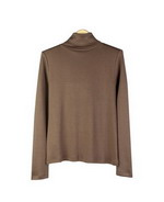 This women's 100% silk turtleneck long sleeve knit jersey is a classic style.  The silk jersey top's light weight and silky smooth touch provides comfort and a luxurious look.  Our silk jersey pullover is a must-have for professional women.