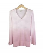 Viscose v-neck 3/4 sleeve in dip-dye with shadow stripes. Great for all occasions. Easy to match with jackets and bottoms. Dry clean for best results.
