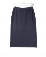 Silk nylon full needle fine knit skirt in straight classic style. Perfect for all occasions. This goes along great with our matching shells and jackets. 